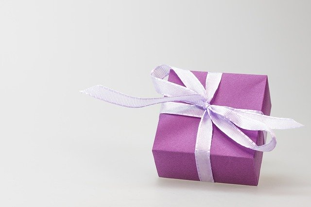 Online nákupy a jak se vypořádat se clem a DPH